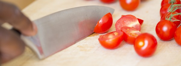 Kitchen knives should not be purchased as a second thought. You should take the time to insure that the purchase that you make is of high quality.